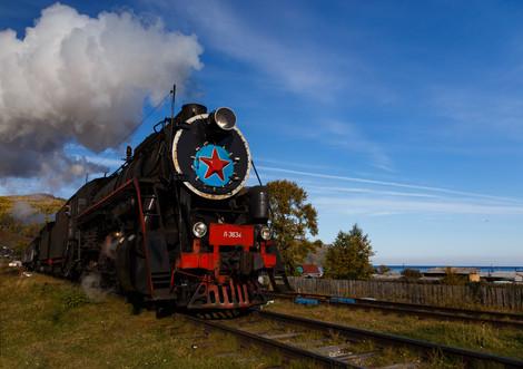 Паровоз на Кругобайкальской железной дороге
