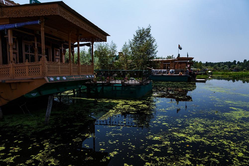 Хаусбоаты - плавучие дома на озере Дал, Шринагар