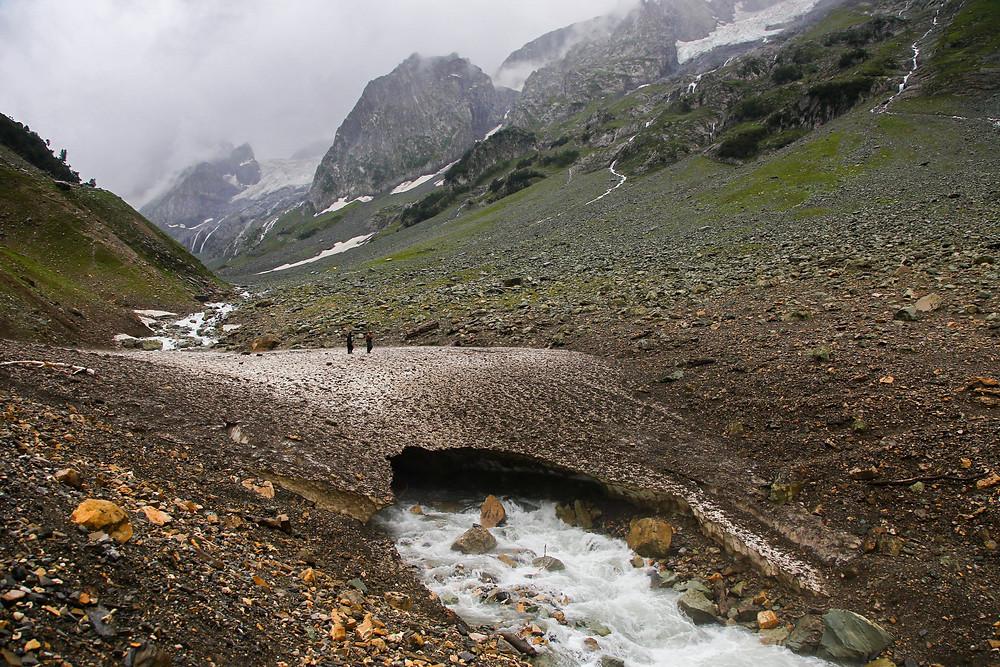 Кусок ледника в Сонамарге, Кашмир, Индия