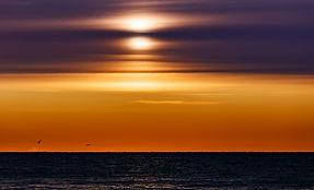 Рассвет в сентябре на Байкале