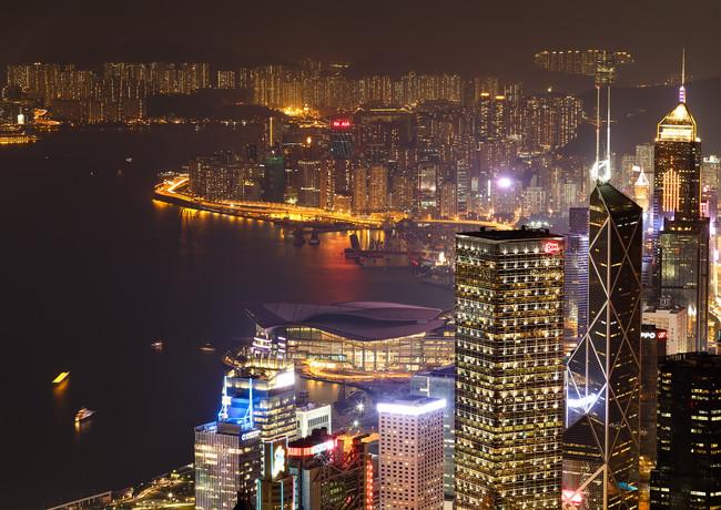 Гонконг вечером