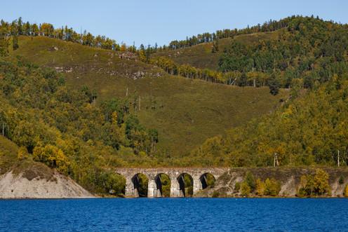 Старинный каменный мост на КБЖД