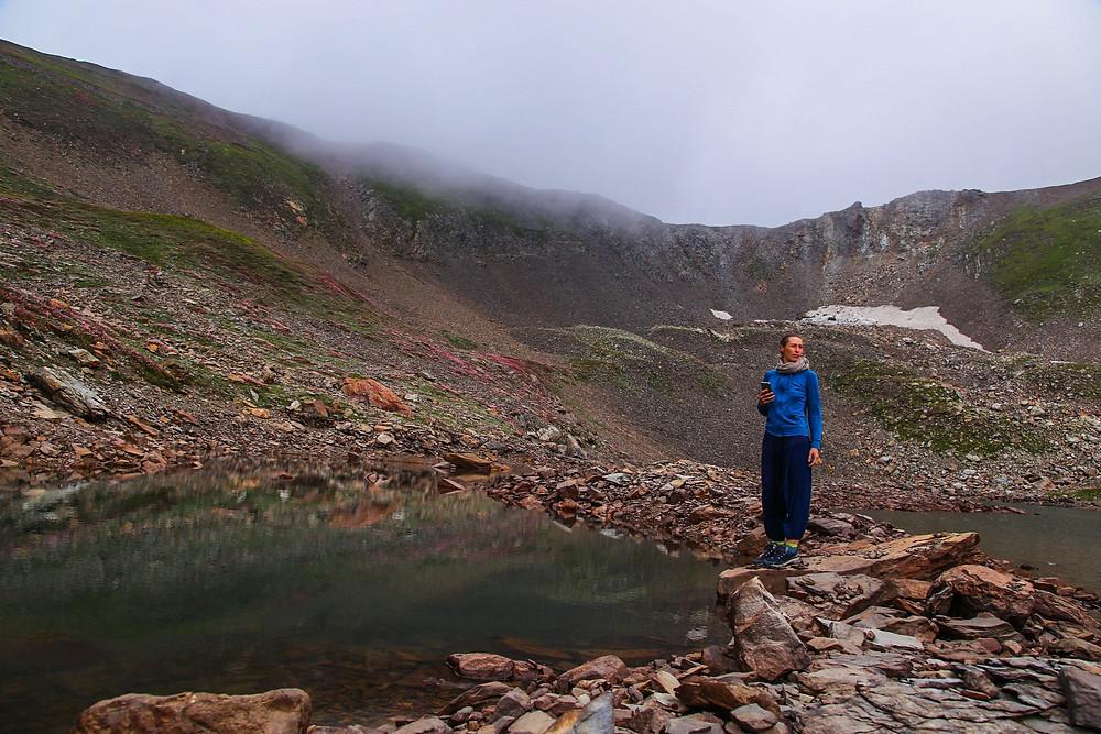 На Замёршем озере, которое вовсе и не замёрзшее, Гульмарг, Кашмир, Индия