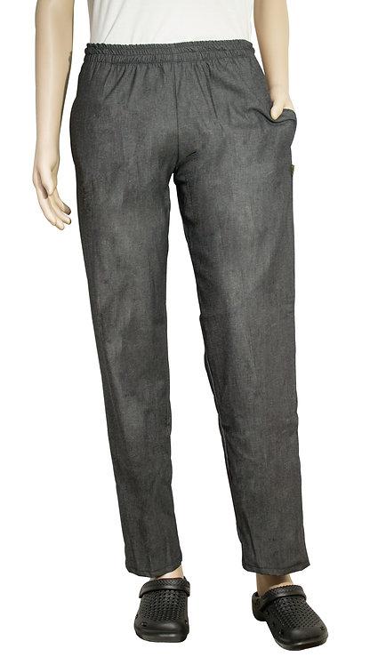 Vista frontal pantalon jean gris