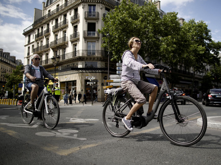Trading clunkers for electric bikes: France moves to offer financial incentive - Reuters