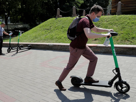 Bolt undercuts rivals in nine-city German e-scooter rollout - REUTERS