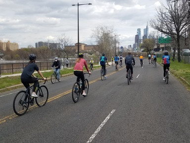Drawn by sun and an open street, Philly welcomes spring on MLK Drive - PlanPhilly
