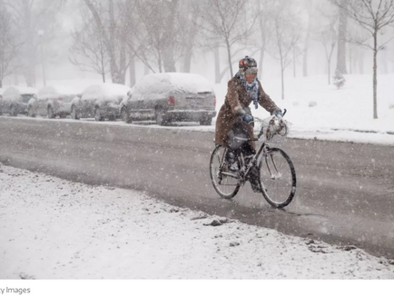 Here's why you should bike year-round in Chicago - Curbed
