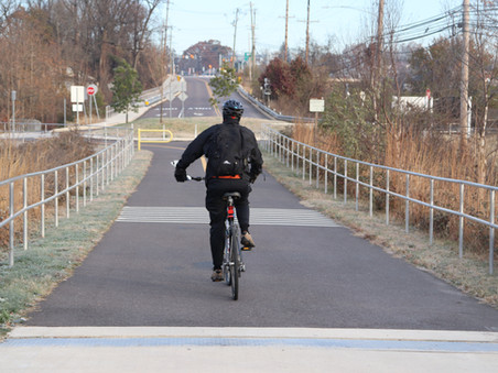 E-Bikers Ride Much Farther and More Frequently Than Regular Bikers - Treehugger