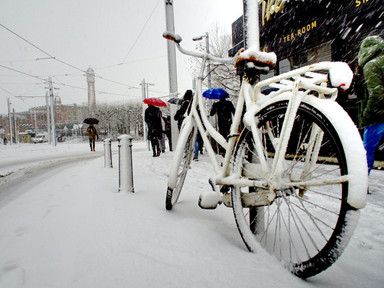 Meet the bike-loving Finnish city that keeps pedaling even in the snow - euronews.