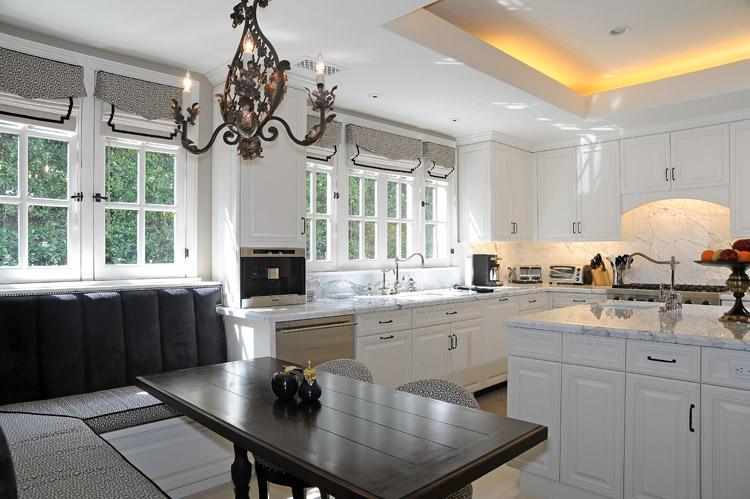 kitchen 1 lo res.jpg