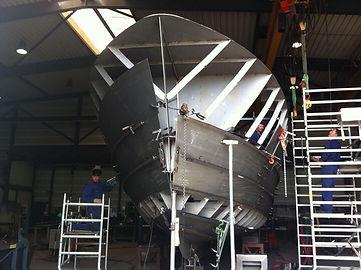 Sturier DME 8 Dutchman Explorer 80 Hull