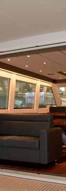 DM 52 Interior