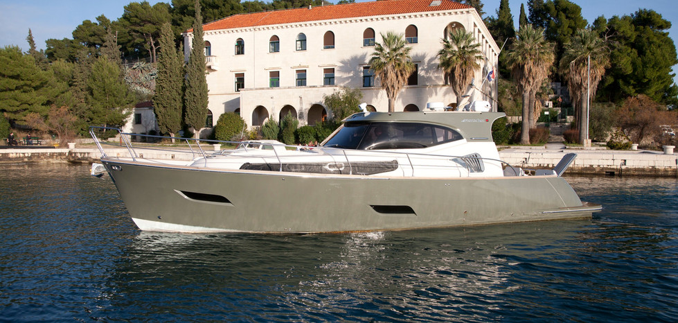 Traditional and reliable production methods are employed in manufacturing of Monachus boats, with the use of contemporary materials. Semi-custom construction allows for a personal touch, and each Monachus boat represents its owner.