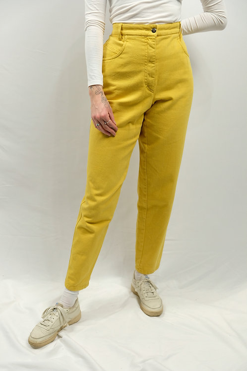 Vintage High Waist Mom Jeans  - L