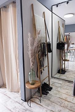 Teil-Innenansicht von Unikat Vintage & Secondhand- Shop