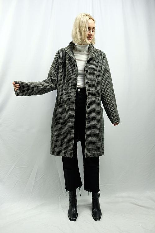 Vintage Basic Mantel  - M
