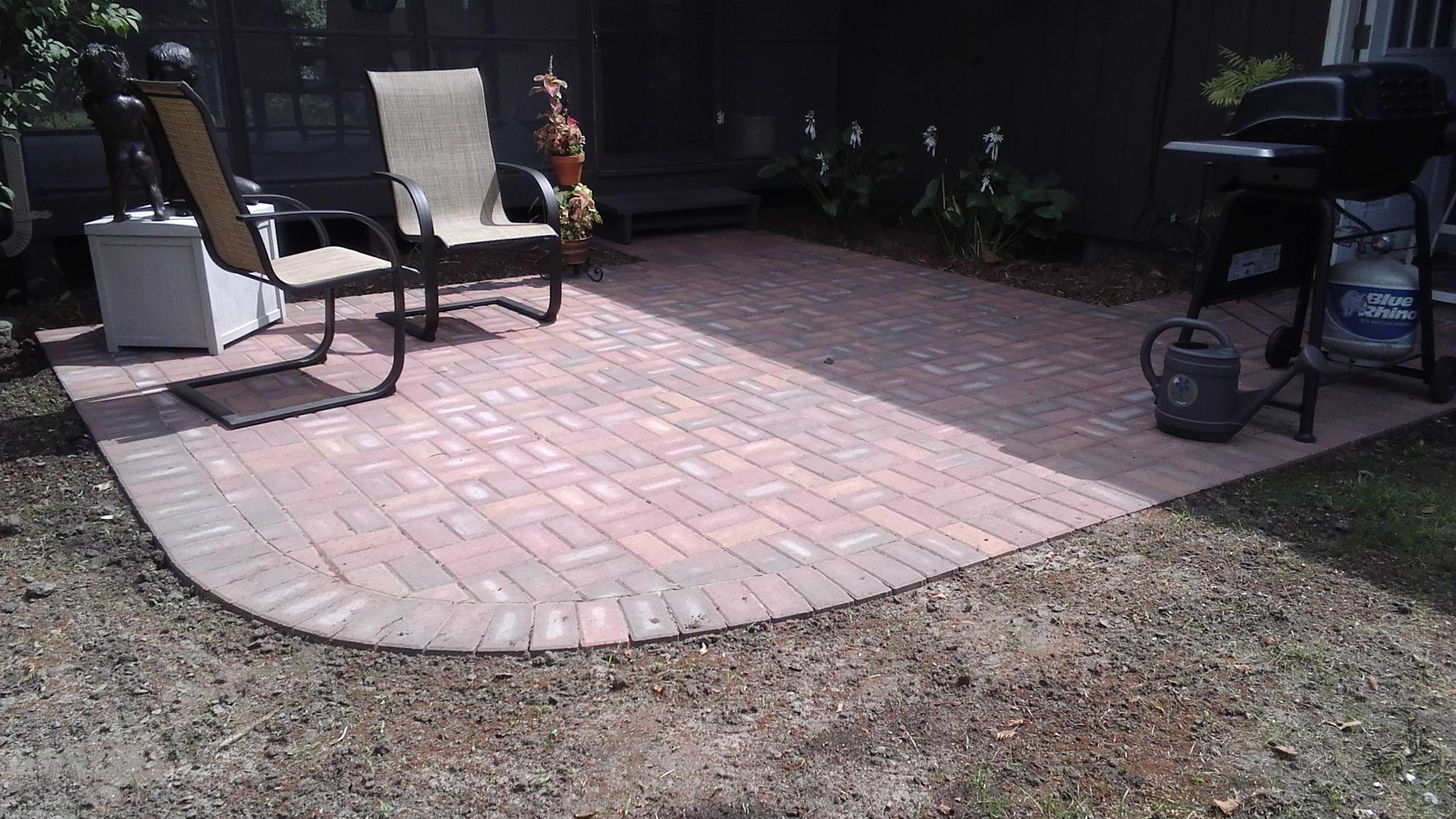 Holland paver patio (2)