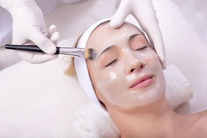 traitement microneedling lyon, peeling, mesothérapie  visage, anti age, rides profondes.