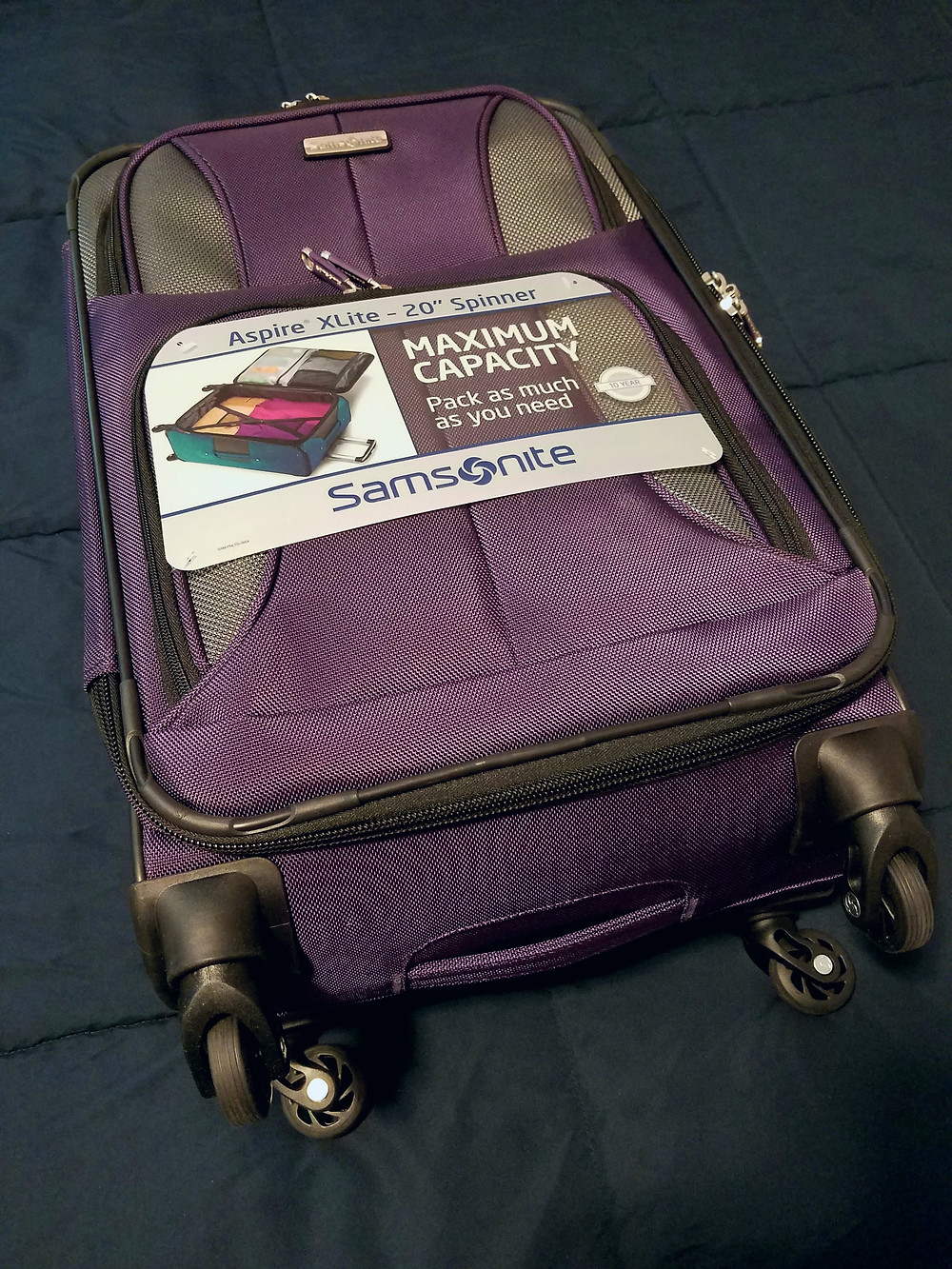 Samsonite Aspire spinner suitcase