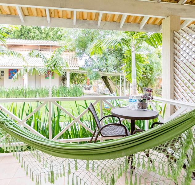 Hotel Mil Flores  Varanda com Rede.JPG