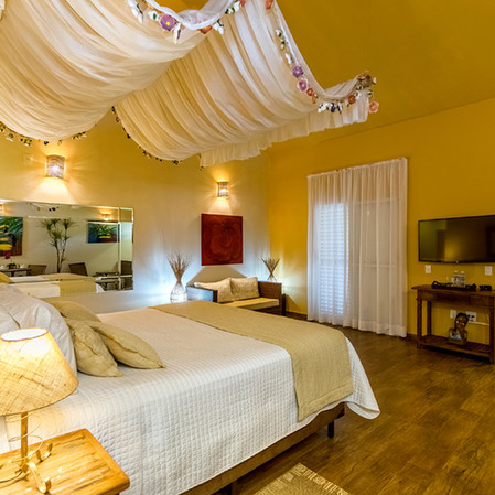 Hotel Mil Flores  Suite Master 1.JPG