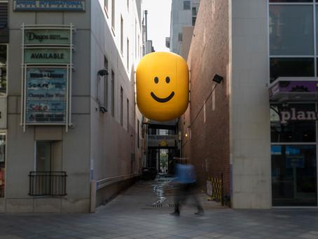 """Street Fun: """"Pssst…Look in here!"""""""