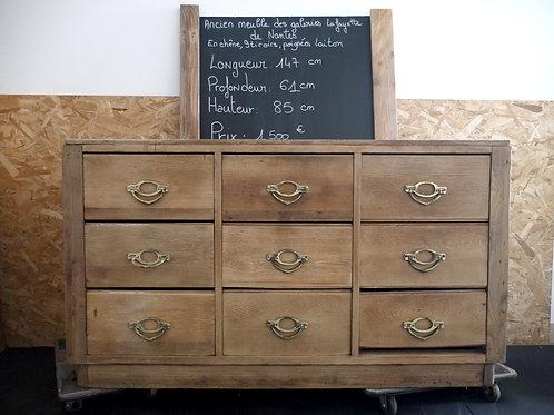 Ancien meuble des Galeries Lafayette de Nantes