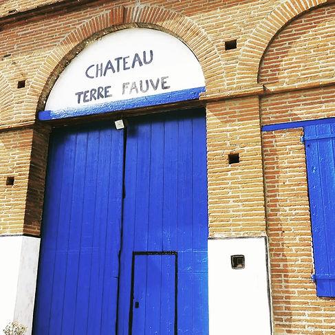 Entree chateau.jpg
