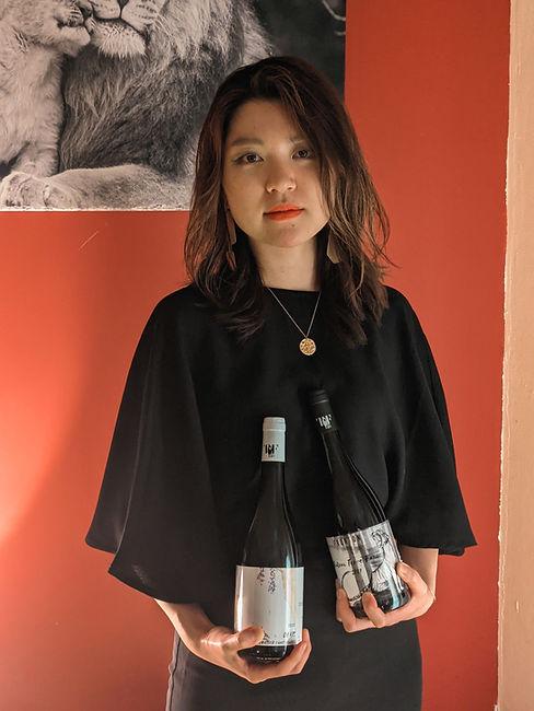 sayo portrait bouteilles.jpg