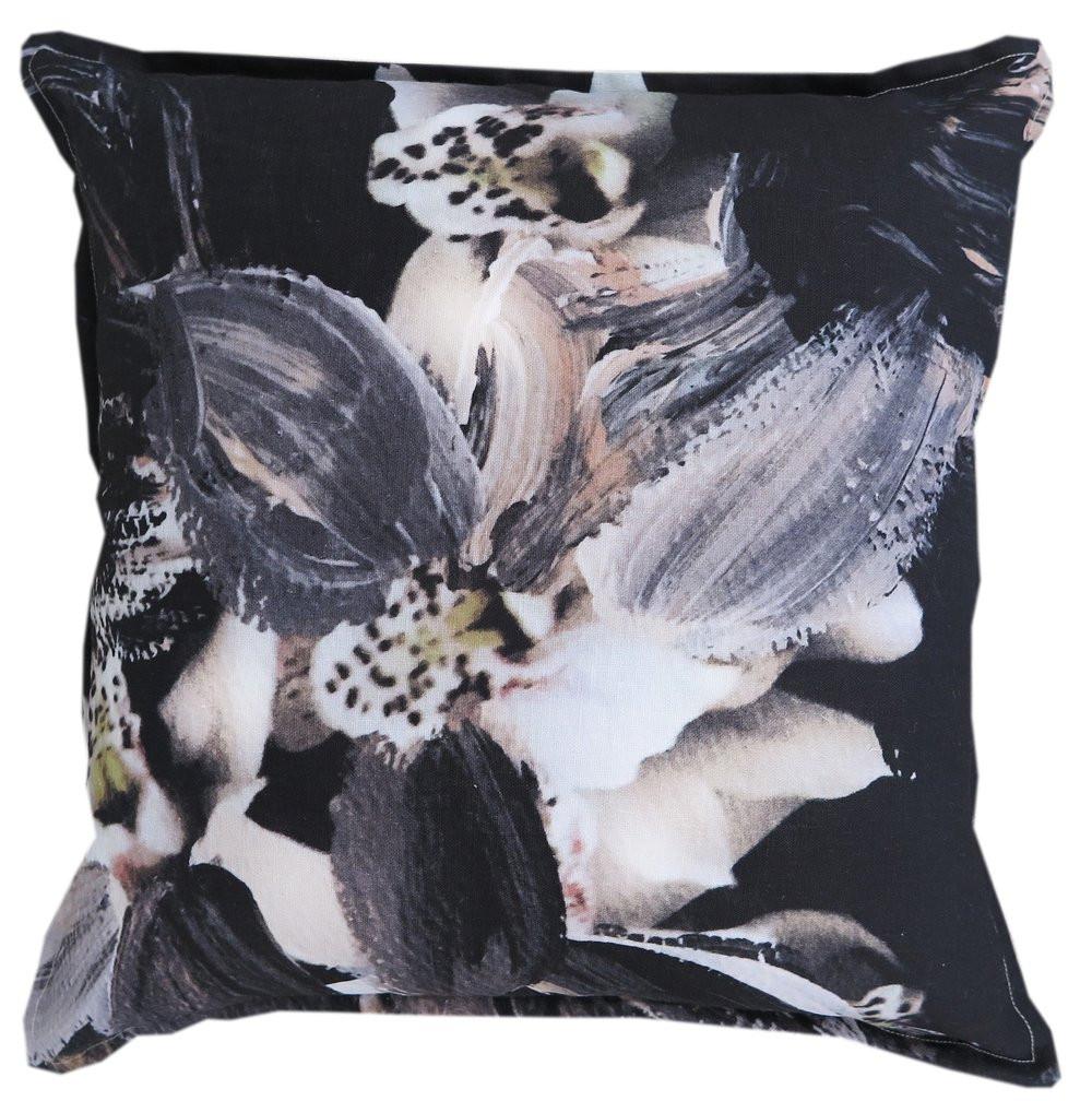 Hawtrey cushion