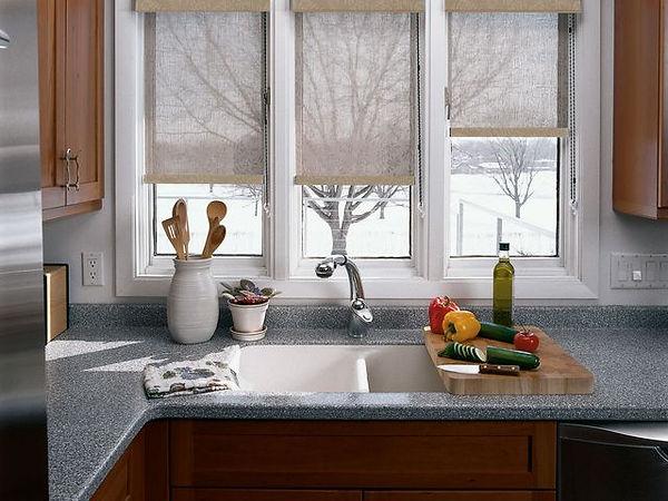 Раковина у окна, кухня, рабочий треугольник на кухне, рабочая зона у окна, смеситель для раковины