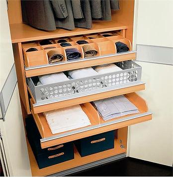освещение в гардеробной, светодизайн, освещение, нардеробная, хранение вещей,AMCD, дизайн студия, дизайн интерьера кухни, дизайн кухни фото, дизайн дома, дизайн онлайн, выдвижные ящики в шкафу