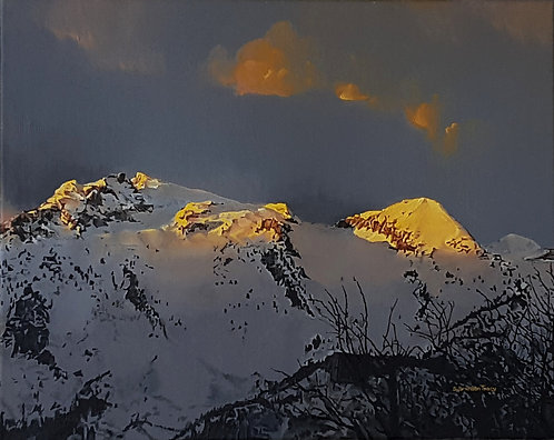 MOUNTAIN SUNSET; LONE AND BIGHORN PEAKS
