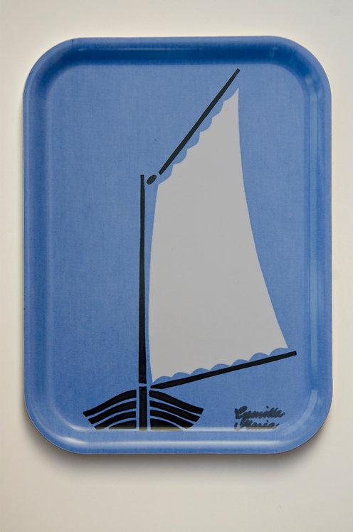 Bricka, Skötbåt blå