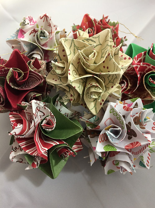 Red & Green Christmas Colors Origami Ornaments Large Size