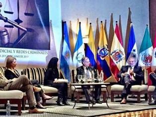 Luis Jorge Garay and Eduardo Salcedo-Albarán at the 1st International Congress on Judicial Independe