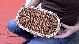 Weaving an oval willow base in randing: Tutorial - lesson 2