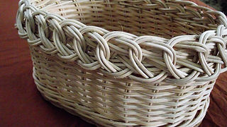Willow basket weaving: Trac borders - video tutorial