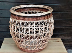 Round-Sided Buff Willow Basket with an Irish Weaving Technique