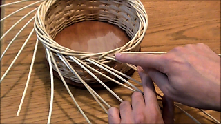 Willow basket weaving: Rod borders - video tutorial