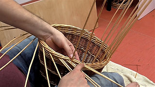 Beginners Basketry Course - Weaving the Border (Video)