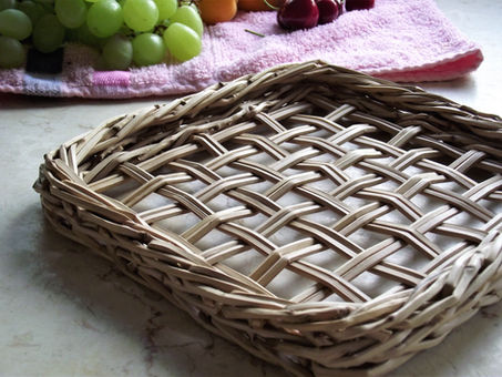 Criss-Cross Woven Base from Israeli Date Palm Branches