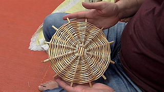 Willow Weaving for Beginners - The Base