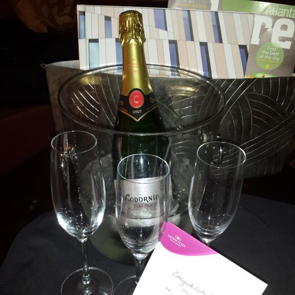 Crowne Plaza Champagne Successful Event