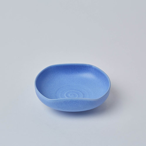 Sturdy ceramics made with mineral glaze, made in Asia.  Great gift ideas for housewarming gifts available at Lim. Lims is Not