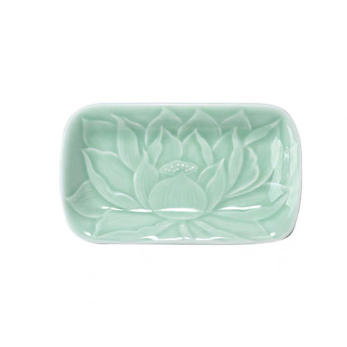 Celadon Lotus Plate (Green)