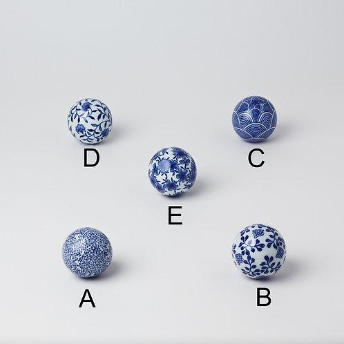 Ceramic Ball (Blue & White)