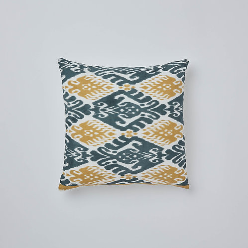 Free delivery in Singapore. Home decorating. Buy sofa cushions online.