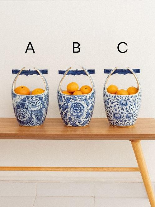 Hand-painted Porcelain Bucket Vase (Blue & White)
